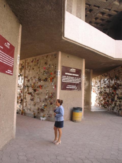 Fosa o gaveta 2 servicios Jardín Guadalupano Cd Azteca