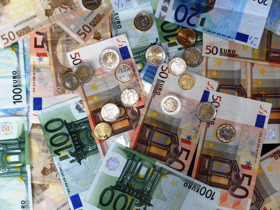 Te interesa trabajar desde casa y ganar 99€ extra al día