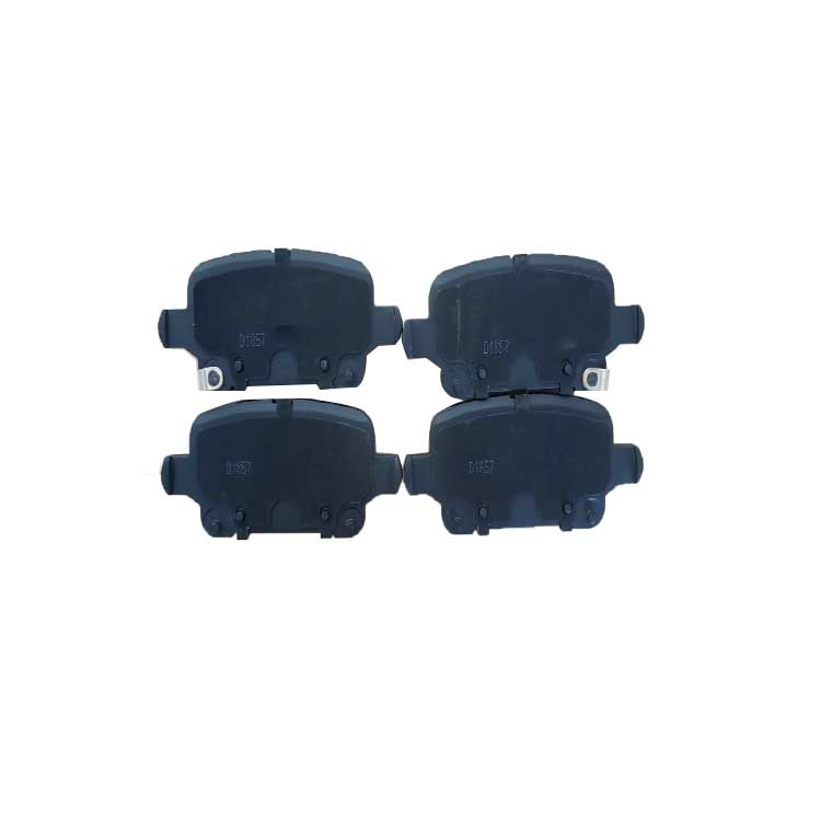 Brake pads made of semi-metal and less cermet